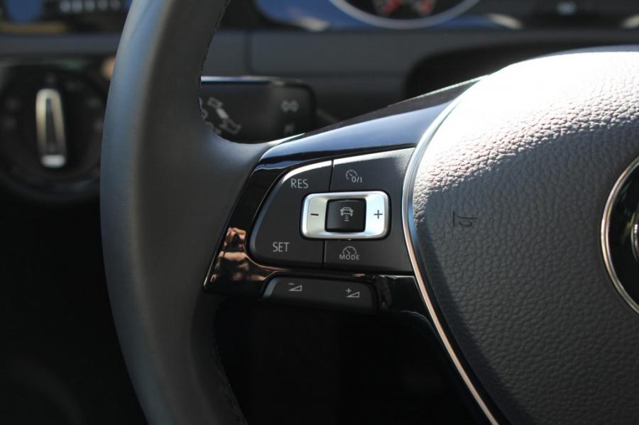 adaptiv cruisekontroll acc golf 7 bilkomponenter. Black Bedroom Furniture Sets. Home Design Ideas